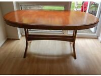 Extendable Stag Dining Table Excellent condition