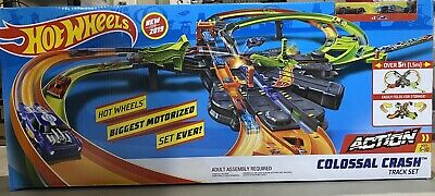 Hot Wheels Set Biggest Motorized Set Ever! Colossal Crash Track New for 2019