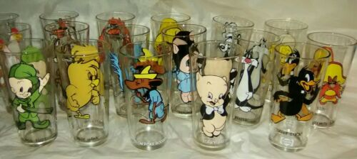 31 Vintage Looney Tunes Pepsi Glasses--Complete 1973 Set + Seven 1976 + 6 Porky