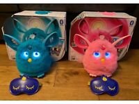 2 fully working Furby connects with boxes.