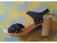 Massimo Dutti Wooden Heels Sandals - Size 5