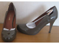 Ladies shoes, size 6, NEW and as New. £5 - £12.