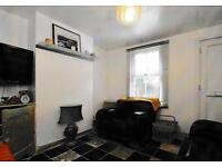 For Sale: Pretty 2 Bedroom Cottage in Thames Ditton