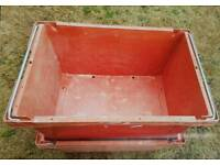 Strong plastic transport crates