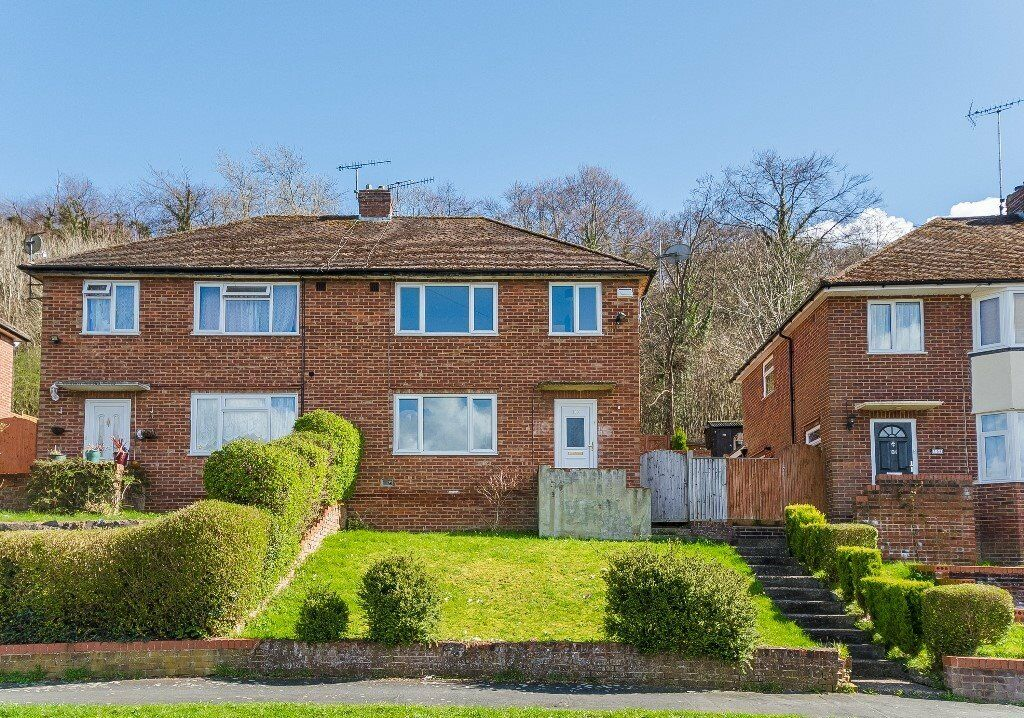 3 bed Semi Detached House High Wycombe