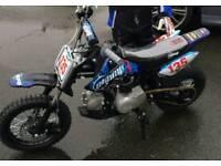 Stomp Juicebox 3 Pit Bike Dirt Bike 110cc