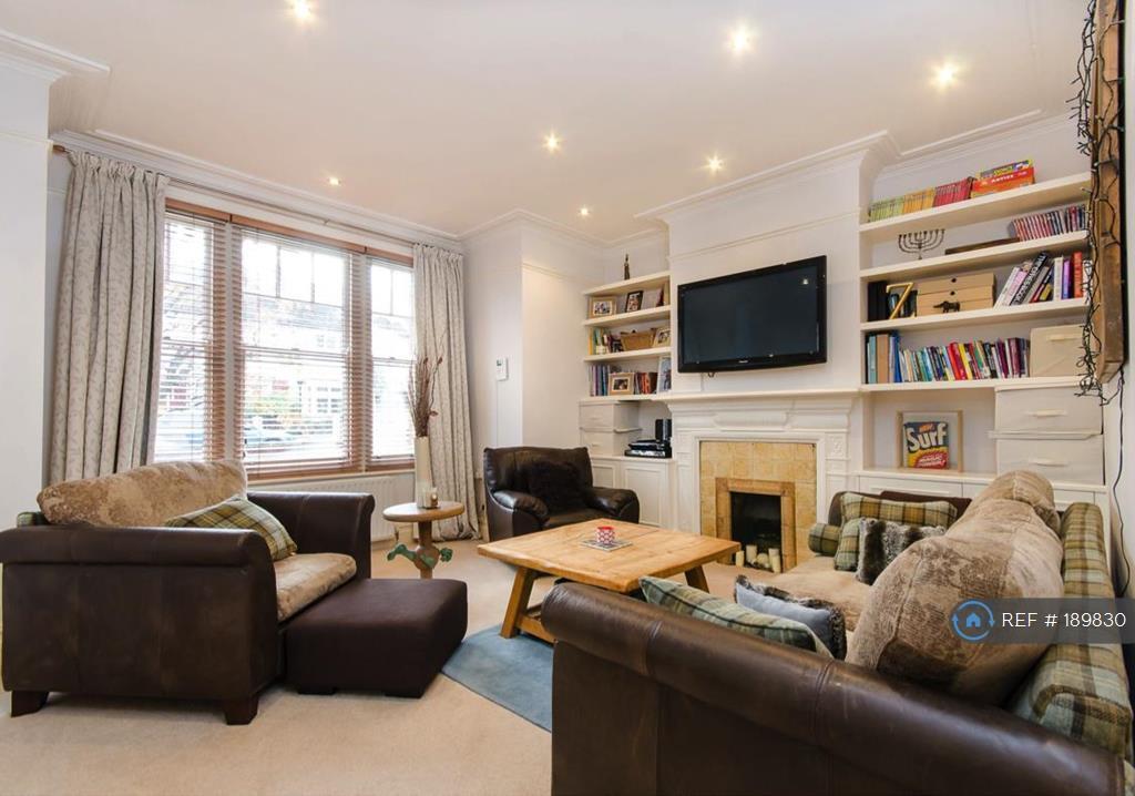2 bedroom flat in Marius Road, London, SW17 (2 bed)