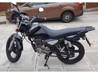 Motorbike Zontes ZT 125-5A MONSTER, long m.o.t and accessories