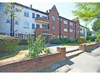 2 bedroom flat in Brentwood Lodge, Hendon, NW4