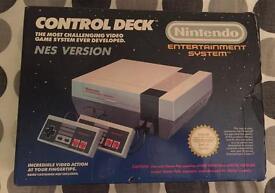Original 1987 Nintendo NES console