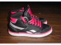GIRLS REEBOK Hi-Top Trainers UK 11 pink/black