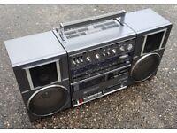 Hitachi TRK-9100E 1980s Boombox Ghetto Blaster NEEDS REPAIR
