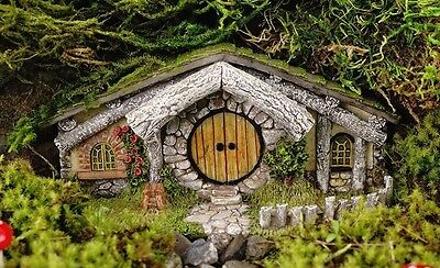 Oak Alley Hidden Home TO 4538 Miniature Fairy Garden  Shire Hobbit