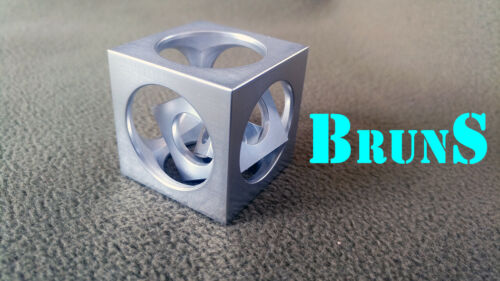 A cube in a cube from Engineer BrunS