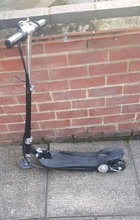 Electric Scooter (open to offers)