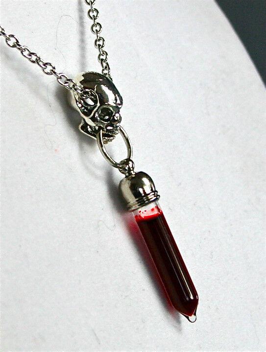 Gothic Goth Vampire Skull Blood Pendant Charm Necklace