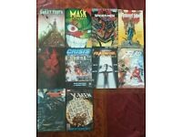 Comics/ graphic novel lot