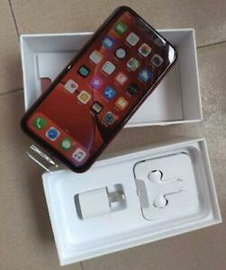 iPhone XR 64GB CANADIAN MODELS NEW CONDITION WITH ACCESSORIES 90 DAYS WARRANTY INCLUDED
