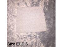Size Small | H&M Skirt | Mini Skirt