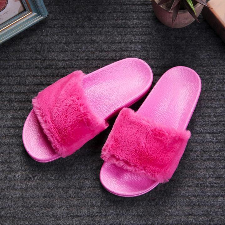 Womens Ladies Slip On Sliders Fluffy Faux Fur Flat Slipper Flip Flop Sandal