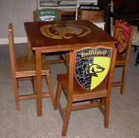 Table et 4 chaises Harry Potter