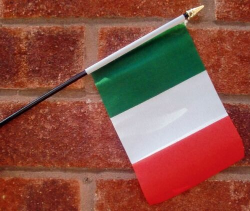 """ITALY SMALL HAND WAVING FLAG 6"""" X 4"""" WITH POLE Italian Roma Rome Milan Turin"""