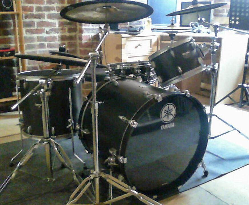 Yamaha Rock Tour Custom Drum Set