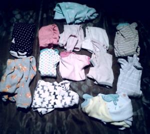 Lot pyjamas et cache-couches bébé fille new born