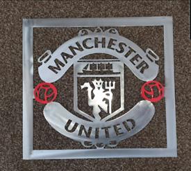 Man UTD Metal Badge or logo