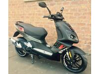 Peugeot Speedfight 4 50cc Total Sport - own this scooter for only £13.70 a week