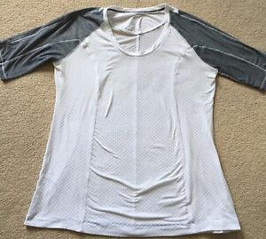 Women's size 10 - Lululemon Tech T-Shirt - like new