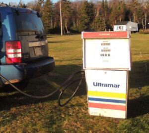 Cool, Unique, Rare Ultramar gas pump