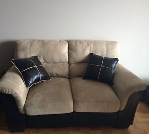 Living room set,barely used