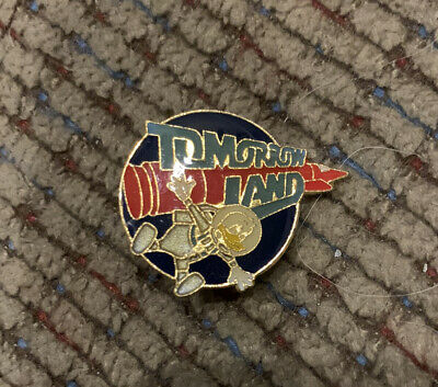Disney Tomorrowland Vintage Collectible Pin Lapel Tie Hat New Donald Duck