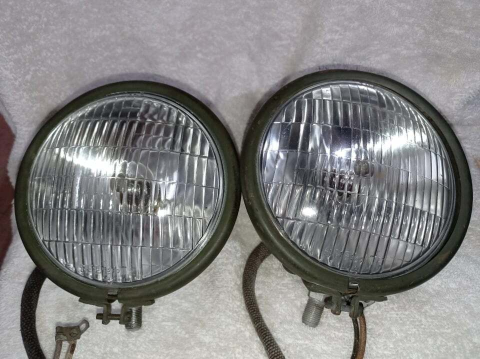 G502 G507 DODGE WC ORIGINAL HEADLIGHTS