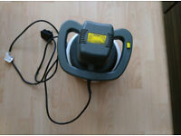 Cougar mains car polisher in perfect working condition.