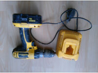 DeWALT 18v rechargeable drill with charger. Needs new battery.