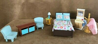 Fisher Price Loving Family furniture master bedroom lot Dollhouse bed