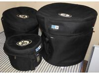 Nice Drum Kit in very good condition with cases