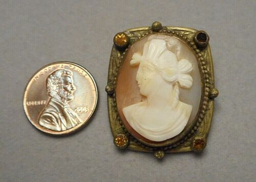 Antique Italian Carved Shell Classical Lady Cameo Jeweled Gold-Plated Brooch Pin