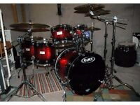 Wanted - Mapex Saturn 3 Floor Tom 16 inches in Supernova Red Burst