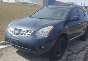 2012 Nissan Rogue SV AWD, Sunroof, Back Up Cam, $65/Wk!