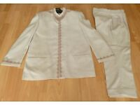 Beautiful Men's Nenu Neck Style Ivory indian Suit - Chest 44 inches