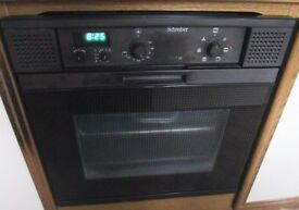 Shreiber Gas hob, integral oven and extractor.
