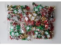 Tesco Self Adhesive Mixed Colours Christmas Bows Pack of 50 X 5 Packs JOBLOT