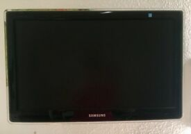 """Samsung 22"""" SyncMaster P2270HD TV c/w single arm cantilever mount"""
