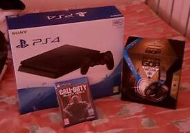 Ps4 slim with bo3 and headset