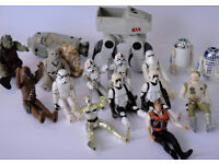 Bunch of StarWars figures (x17 approx)