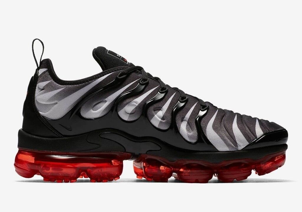 b90e3ec6e08 ... cheapest nike air vapormax plus red black shark bite dde63 2879e