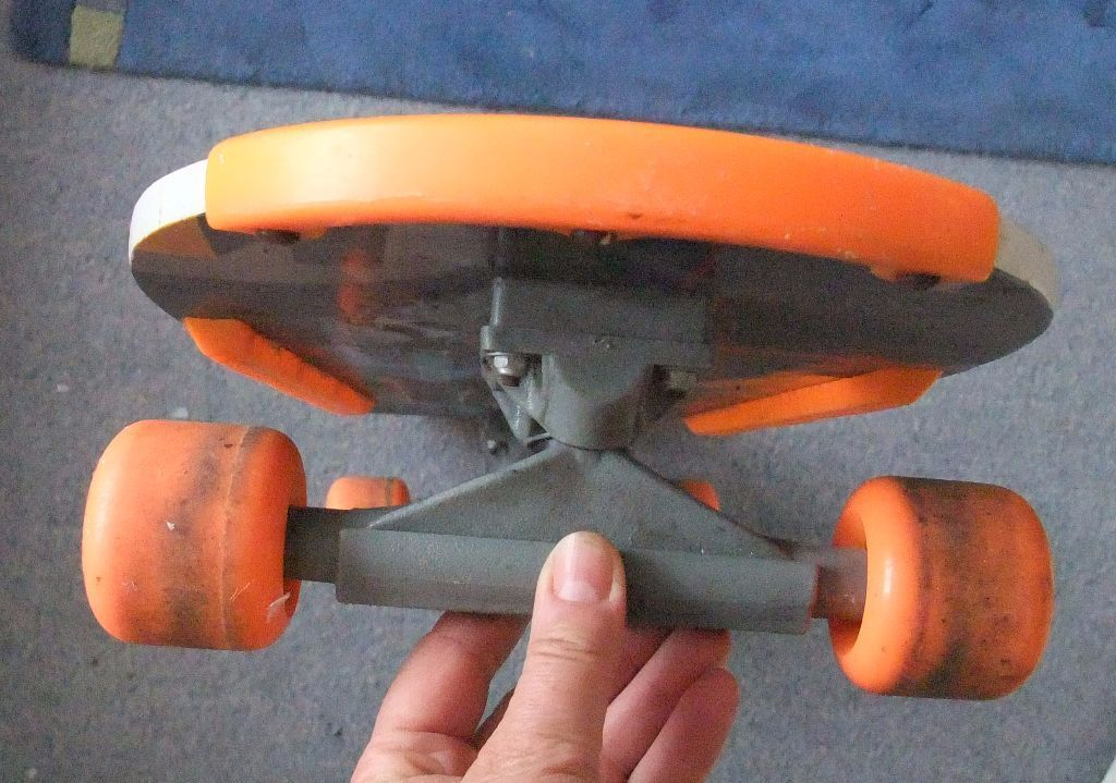 Vintage ACTION MAN Skateboard